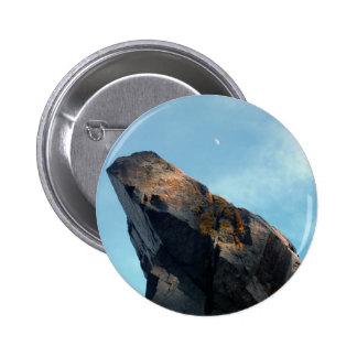 Luna de la roca pin