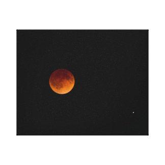 Luna de la sangre impresión en lienzo estirada