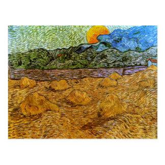 Luna de levantamiento del paisaje de la tarde, postales