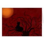 Luna de observación del gato negro felicitación