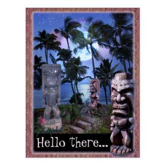 Luna de Tiki (personalizable) Postales