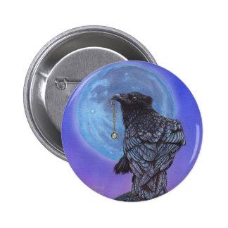 Luna del cuervo pin redondo de 2 pulgadas