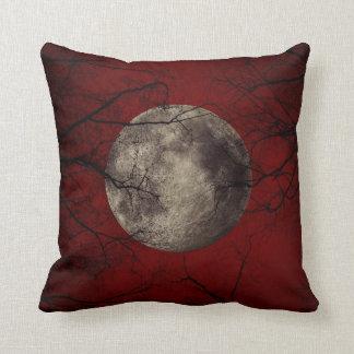 Luna del gótico cojín