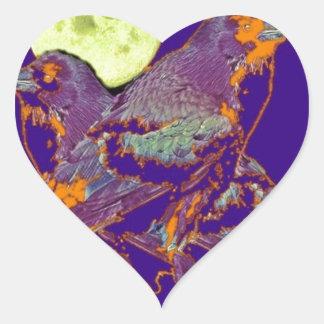 Luna del gótico de los cuervos de noche por pegatina en forma de corazón