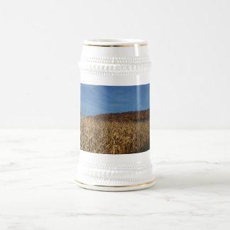 Luna del maíz y del cielo azul jarra de cerveza