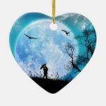 Luna del ornamento del corazón ornato