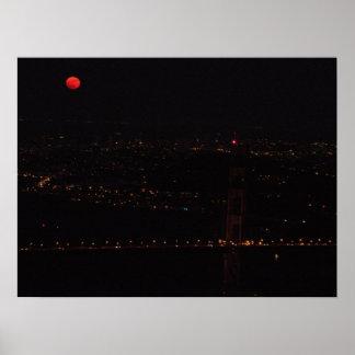 Luna del rojo de puente Golden Gate Póster