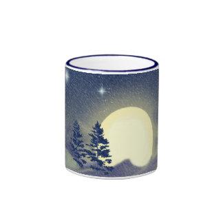 Luna del solsticio de invierno taza de dos colores