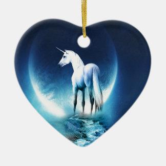 Luna del unicornio adorno navideño de cerámica en forma de corazón