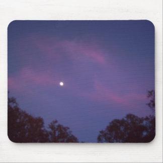 Luna en la puesta del sol Mousepad Tapetes De Ratones