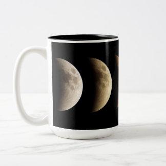 Luna estupenda, luna de la sangre, eclipse lunar, taza de dos tonos
