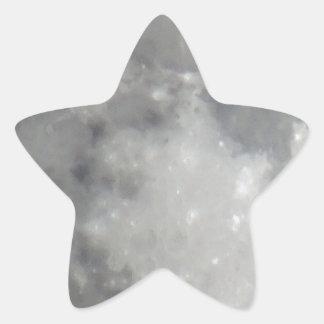 Luna gris en cielo negro pegatina en forma de estrella