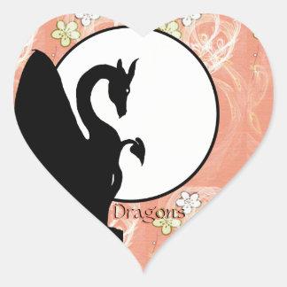 Luna I (flores de color salmón) del dragón Pegatina En Forma De Corazón