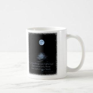 Luna Llena con decir del nativo americano Tazas De Café