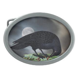 Luna Llena con el cuervo Hebilla De Cinturón Oval