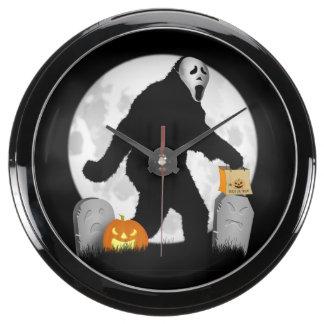 Luna Llena Halloween Squatchin Relojes Aqua Clock