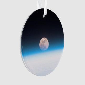 Luna Llena obscurecida parcialmente por la