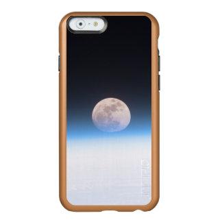 Luna Llena obscurecida parcialmente por la Funda Para iPhone 6 Plus Incipio Feather Shine