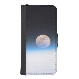 Luna Llena obscurecida parcialmente por la Fundas Billetera De iPhone 5