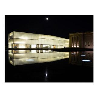 Luna Llena sobre el museo de arte de Nelson-Atkins Postales