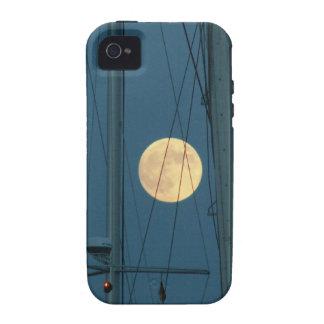 Luna Llena sobre un puerto deportivo iPhone 4/4S Fundas