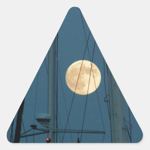 Luna Llena sobre un puerto deportivo Pegatina Triangular