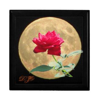 Luna Llena y rosa rojo Cajas De Recuerdo