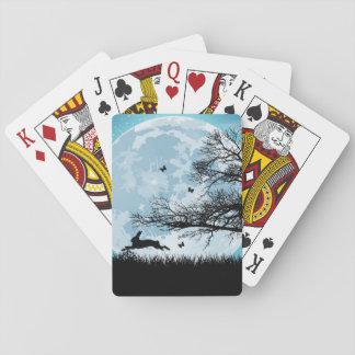 Luna mística con la silueta del conejo cartas de póquer