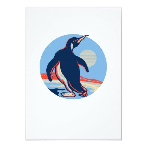 Luna que camina del pingüino retra invitación 11,4 x 15,8 cm