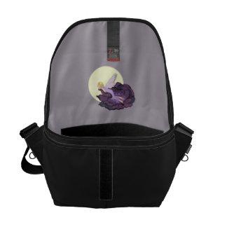 Luna que mira el cielo de hadas de la tarde de la bolsas messenger