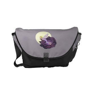 Luna que mira el cielo de hadas de la tarde de la bolsas de mensajeria