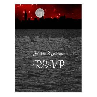 Luna RSVP rojo 1 de la silueta del horizonte de Tarjetas Postales