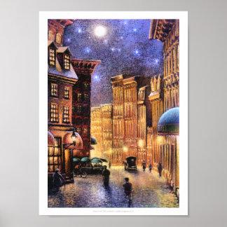 Luna sobre ciudad vieja póster