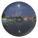 Luna sobre la isla del tesoro plato de comida