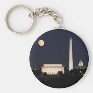 Luna sobre Washington DC Llavero Redondo Tipo Pin