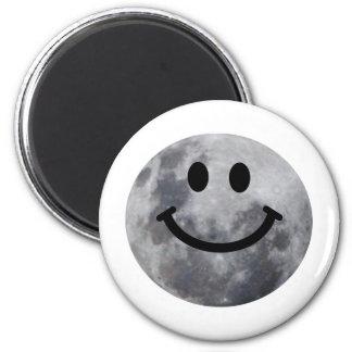 Luna sonriente imán redondo 5 cm