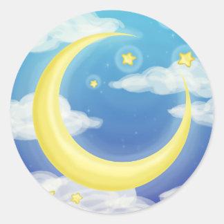 Luna suave en azul pegatina redonda