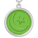 Luna y estrella grabadas en relieve islámicas grimpola