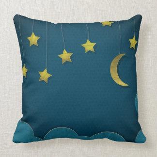 Luna y estrellas de papel cojines