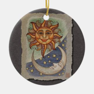 Luna y estrellas de Sun Adorno Redondo De Cerámica