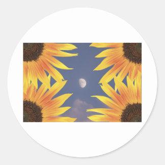 Luna y girasoles etiquetas redondas
