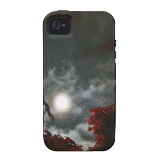 Luna y hojas de arce del dragón iPhone 4 carcasa