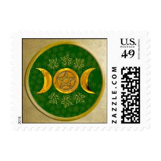Luna y pentáculo triples, con el acebo y el marco sellos postales