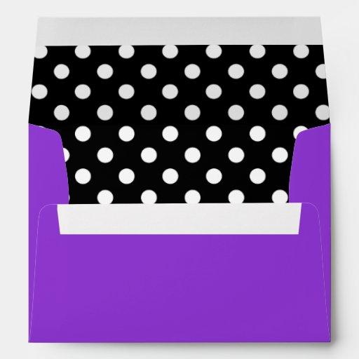 Lunar blanco y negro púrpura