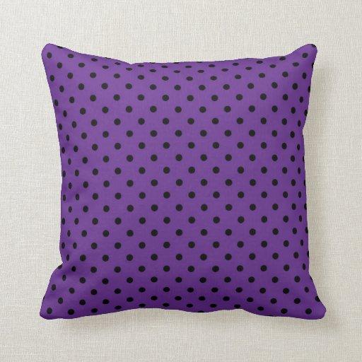 Lunar negro y púrpura de la almohada