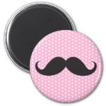 Lunar rosado elegante del bigote negro de moda iman de nevera