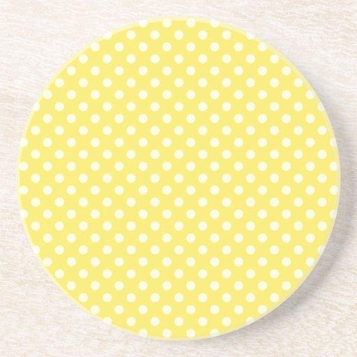 Lunares - amarillos claros en maíz posavasos personalizados