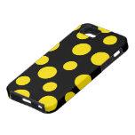 Lunares amarillos en negro iPhone 5 Case-Mate carcasa