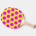 Lunares amarillos y magentas pala de tenis de mesa