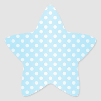 Lunares azules y blancos del trullo pálido dulce pegatina en forma de estrella
